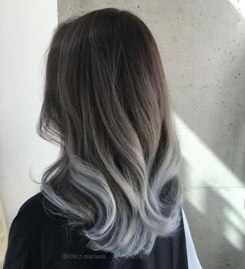 Balayage en cabello corto gris
