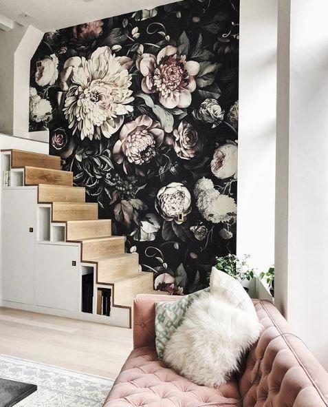Black Accent Wall Moody Bohi: Dark Floral Launisch Wallpaper In 2020