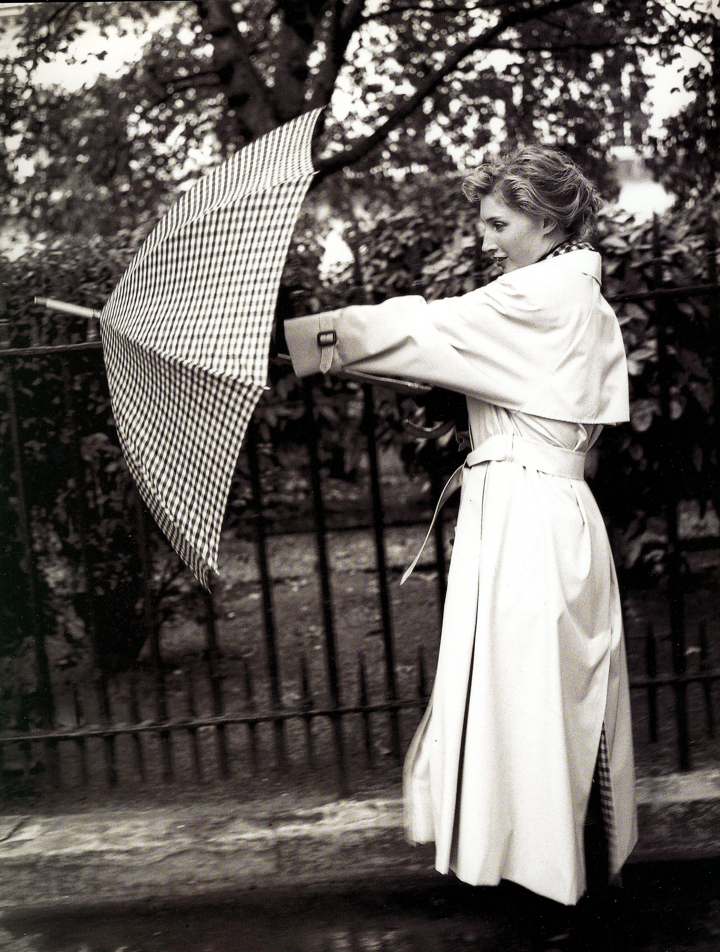 raincoated girls   cape-fashion.de   mobolo14   Flickr