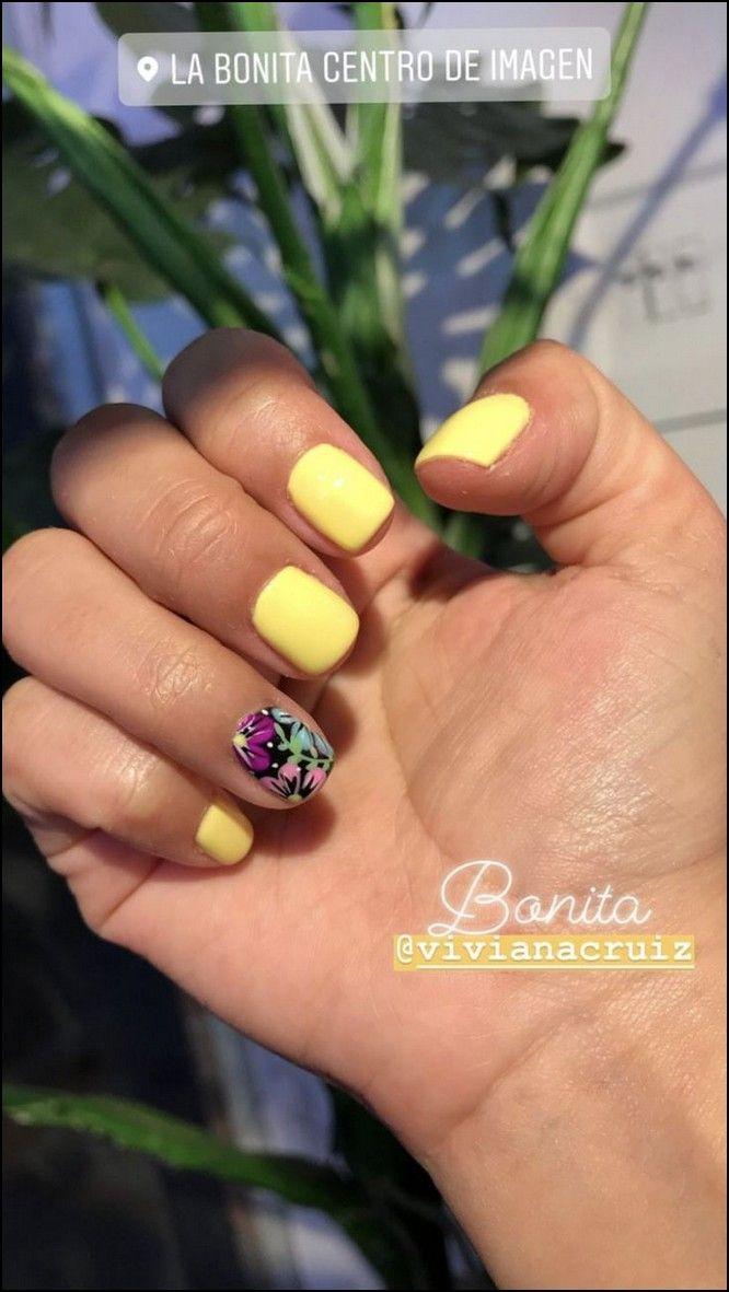 98 Beautiful And Amazing Nail Art For Summer Page 04 Myblogika Com Yellow Nails Gel Nails Nail Designs