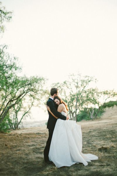 bookendsanddaisies:  PhotographyEmily Blake Photography