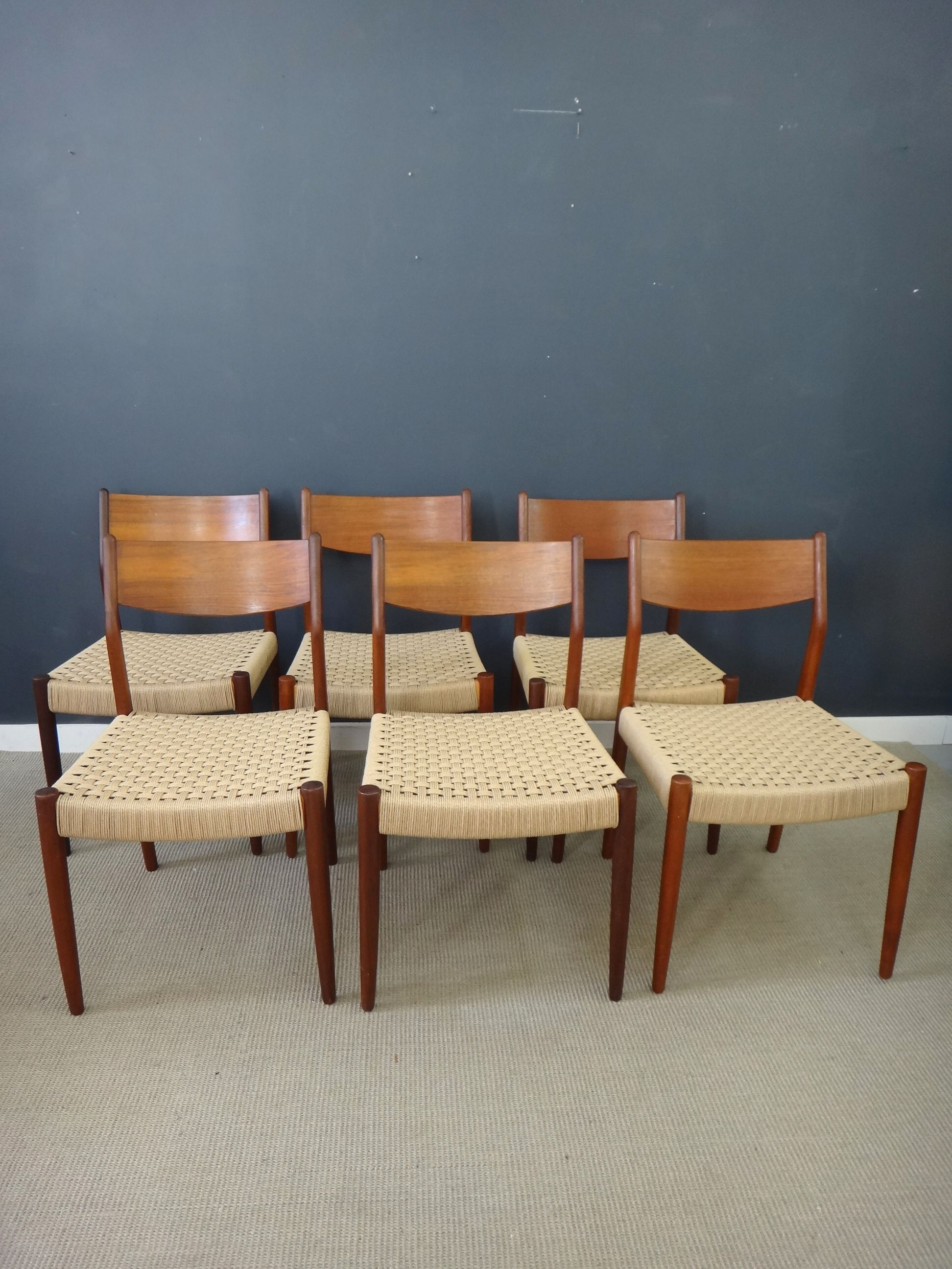 Set Of Six Danish Cord Dining Chairs In Moller Style Retrocraft Design Collection Seating Dining Chairs Teak Dining Chairs Teak Frame