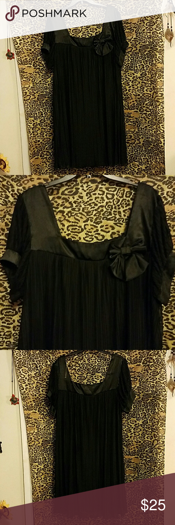 Black Bowed Dress size 20 Very cute 100% polyester contrast and lining dress with satin and bow accents. Would pair well over leggings or by itself. Gently used. Dress Barn Dresses Midi