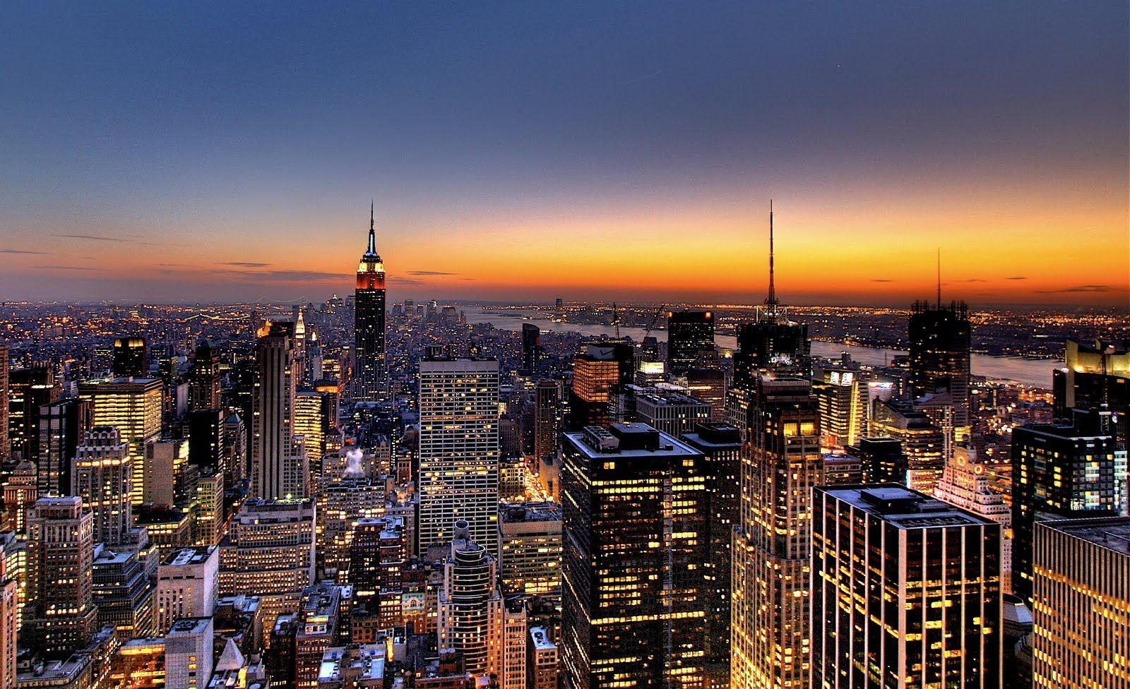 28+ New York Skyline Wallpaper  Background