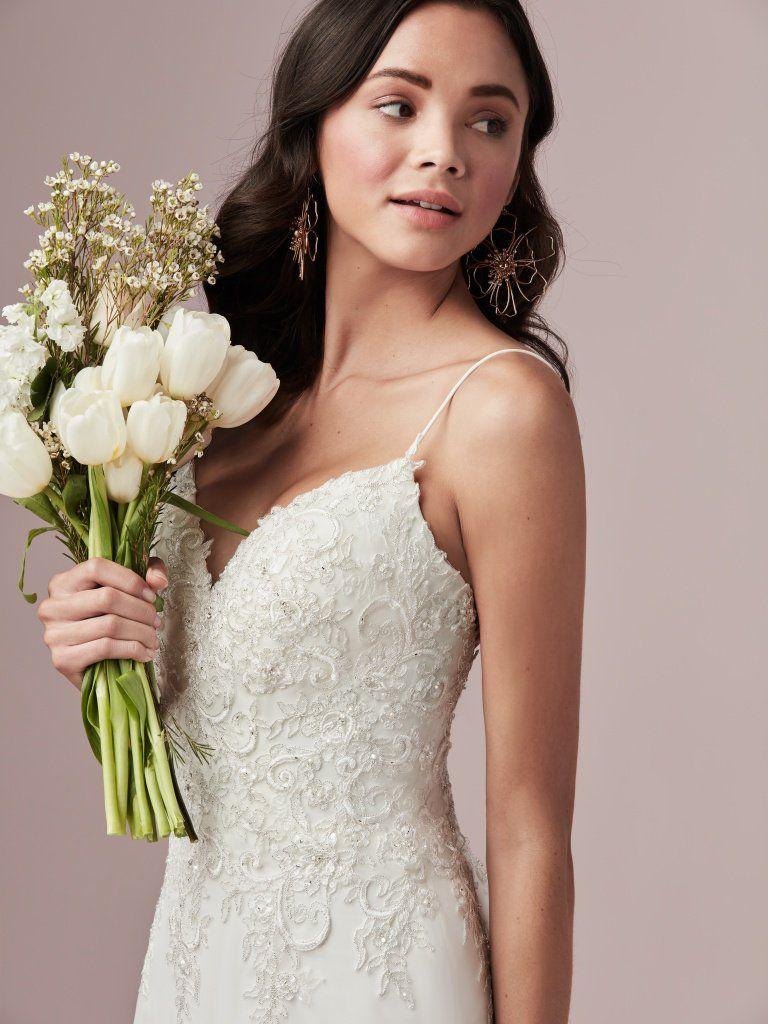 Stephen Yearick/Ysa Makino Bridal Gown   Wedding dress