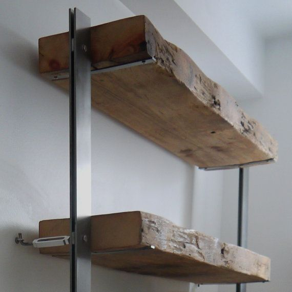 Rustikale Regale made reclaimed barn wood and metal shelves industrial shelves