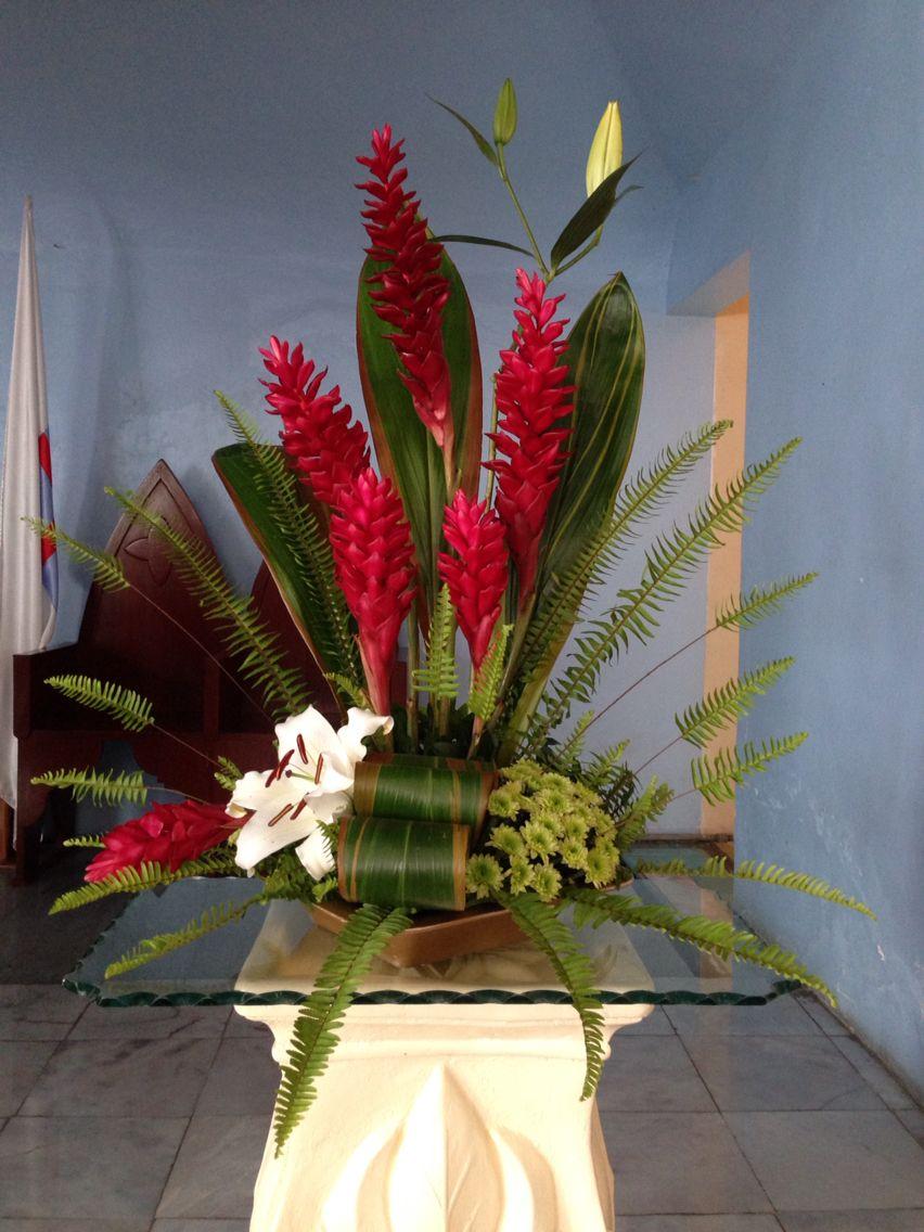 Pin De Odessa Michelle En Arreglos De Flores Tropicales