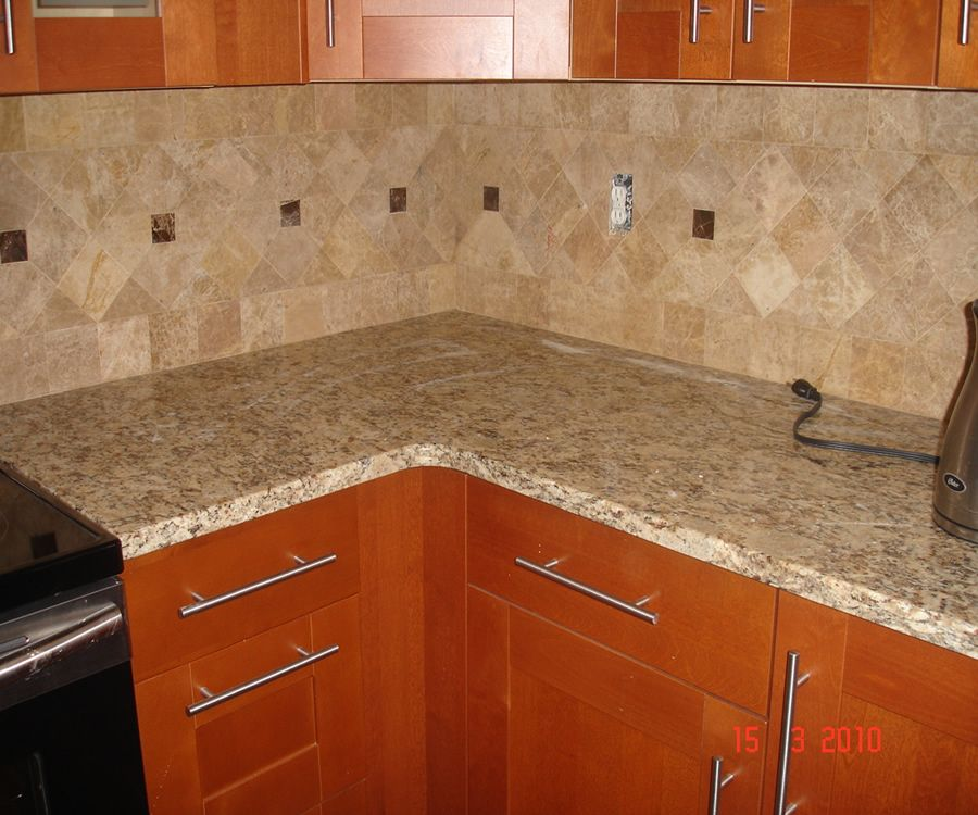 Kitchen Granite Countertop Design Pictures Remodel Decor And Ideas Page 4 Love These Kitchen Tiles Backsplash Kitchen Pictures Granite Countertop Designs