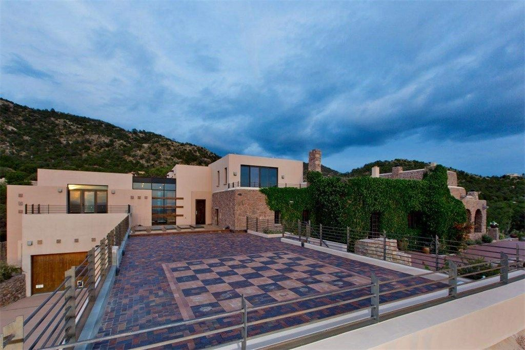 Rooftop Patio With Outdoor Chessboard/checkerboard Of Luxury Home In Santa  Fe, New Mexico