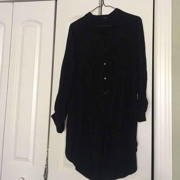 Black button down dress All black button down dress with sleeve cuffs Forever 21 Dresses Long Sleeve