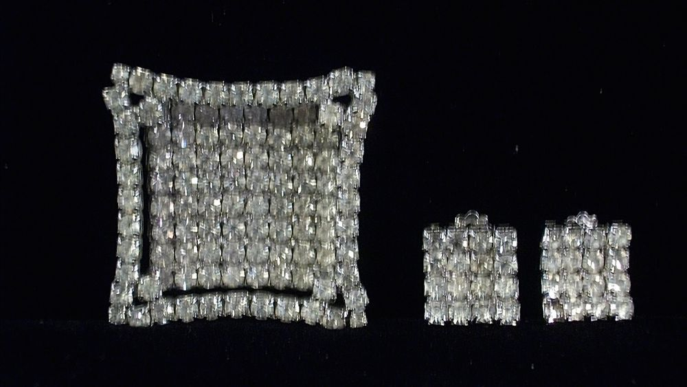 Marvelous Square Rhinestone Demi Parure by Unsigned Weiss 8796 #UnsignedWeiss