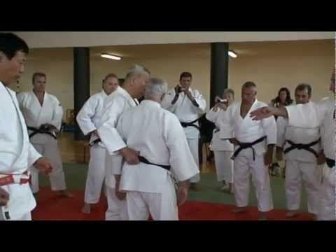 Download judo technique videos.