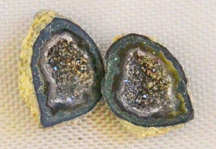Tabasco Geode 1 Pair Cut and Polished Great for Jewelry Making 2431