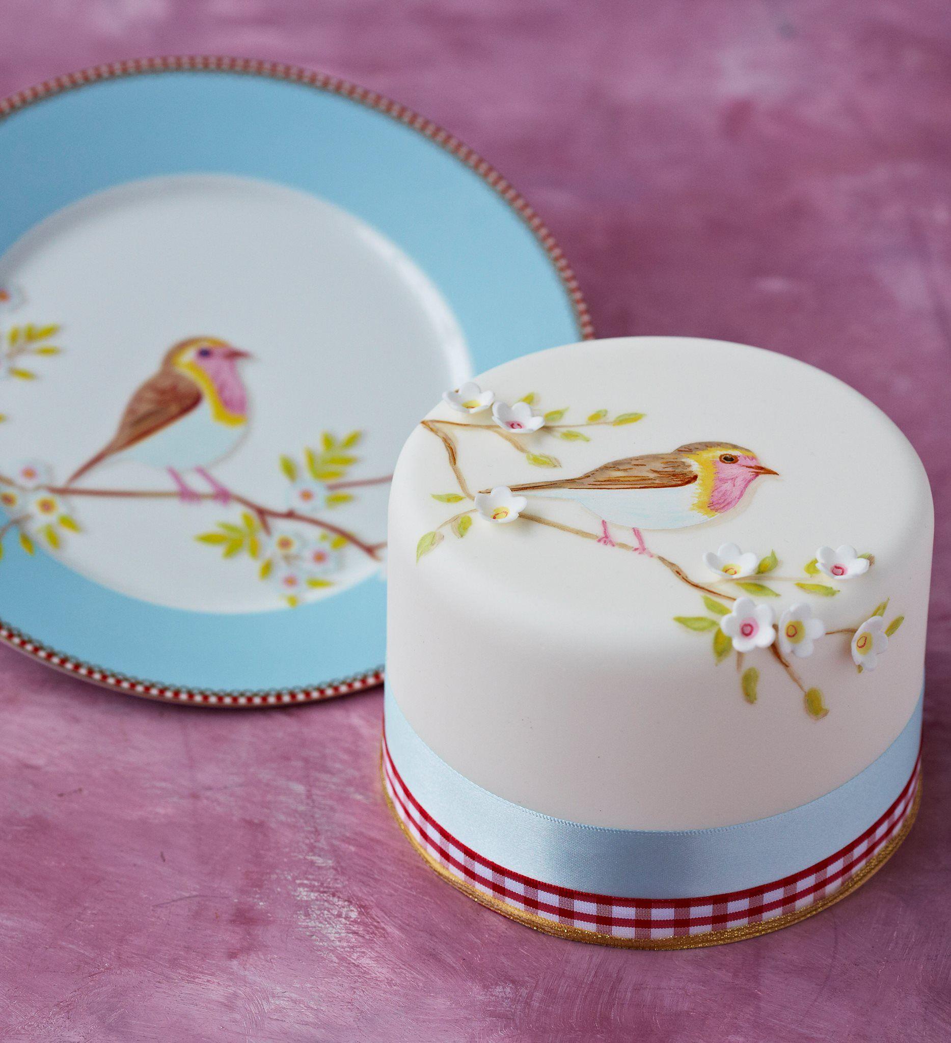 Zoe clark cakes pip studio cakes eulen v gelchen for Kuchen design studio hallstadt