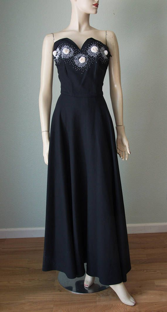c0fcf12b5c356 Art Deco Dress, Weave Styles, 1940s Fashion, Black Fabric, Vintage Glamour,  Cotton Dresses, Full Skirts, Zippers, Evening Gowns
