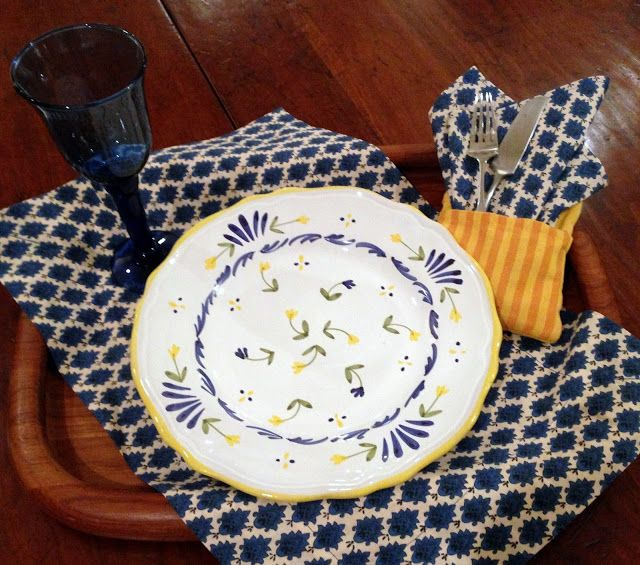 HYACINTHS FOR THE SOUL: Dinner On A Tray. Blue yellow
