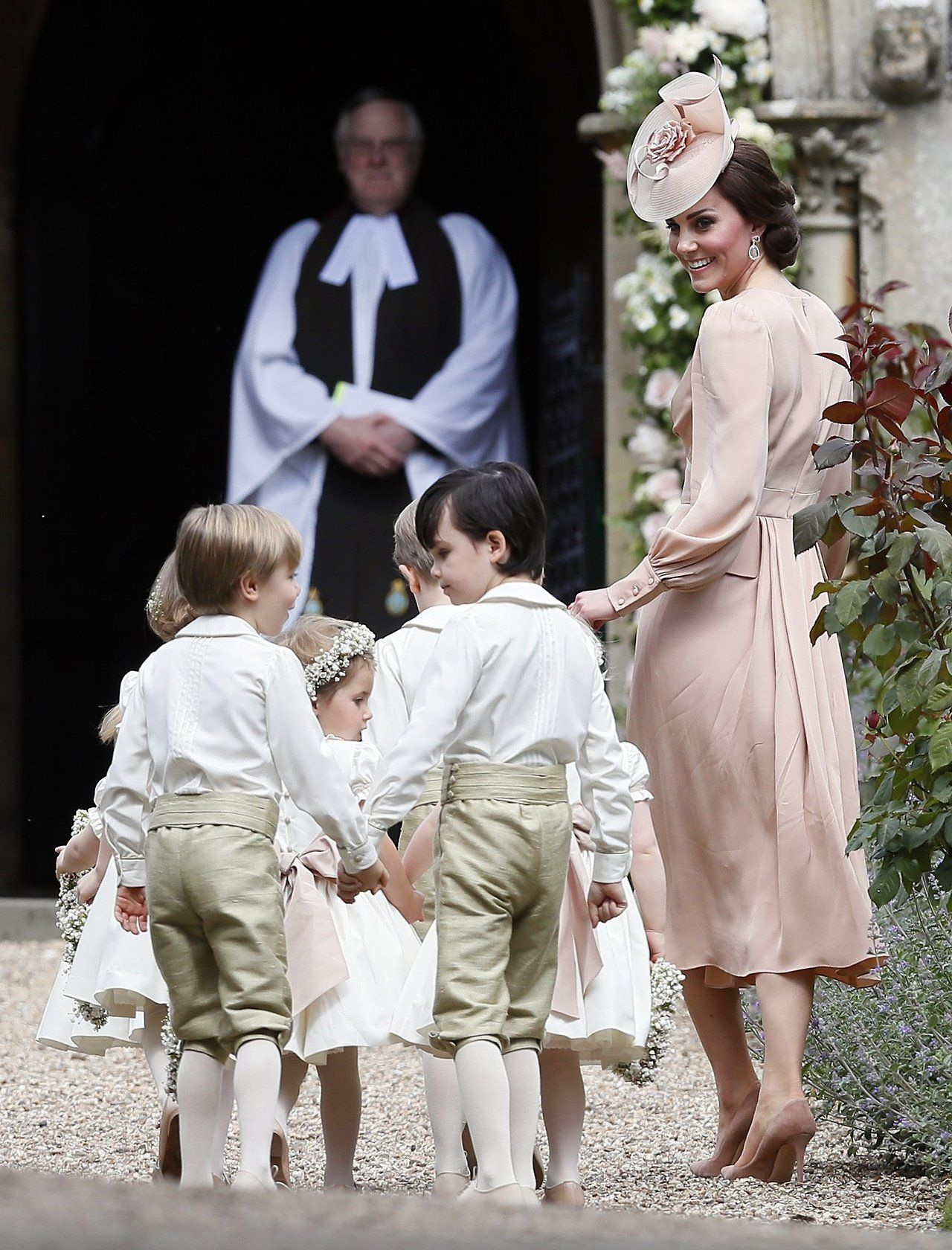 Kensington Palace — princessofsuffolk: Kate along with the pageboys...