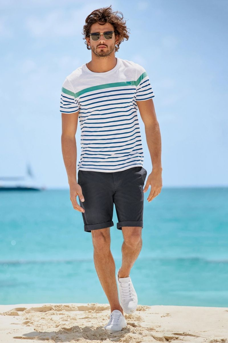 Marlon Teixeira Rocks Next Summer Beach Style Marlon