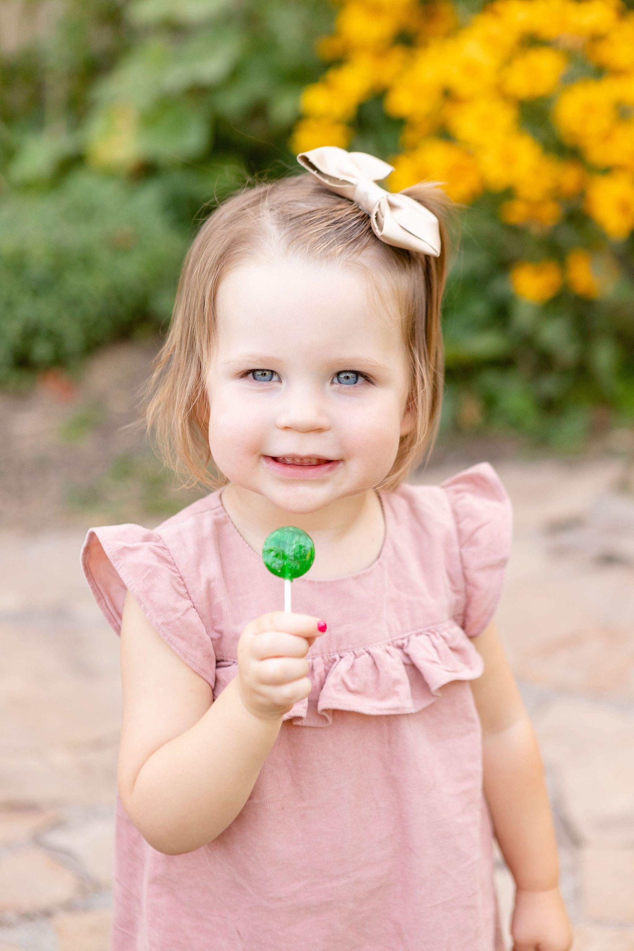 2469e868344d479c6427442e566fd623 - How To Get A Toddler To Smile For Pictures