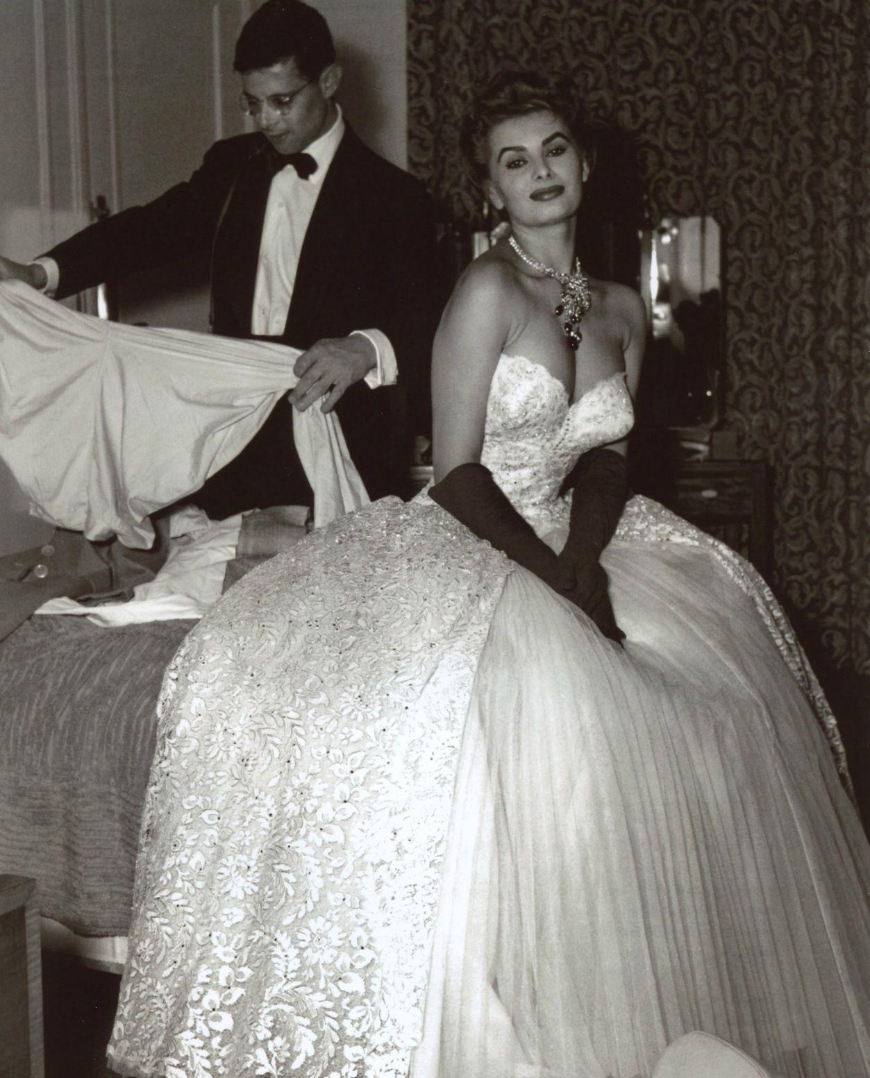 Sophia Loren In Room Carlton Hotel