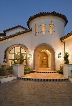 Turret Entrance Says Hi I M Awesome Spanish Style Homes Spanish House Mediterranean Architecture