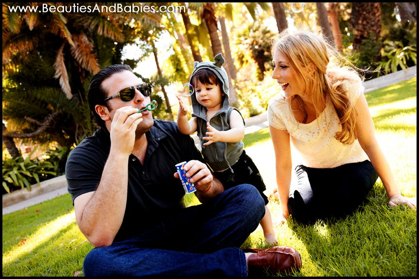 outdoor family portrait photography - Google Search