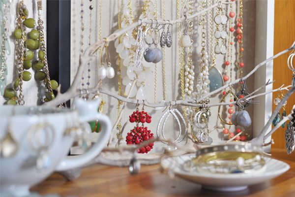 The Small Things Blog: New Jewelry Storage- love the branch!