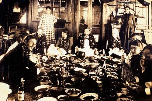Photo of c.1889 Black and white photograph, Luau, King Kalakaua honors Robert Louis Stevenson (HAWAII)
