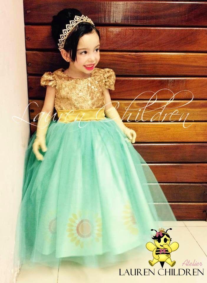 Vestido Anna Frozen Confeccionado Com Paete Possui Laço