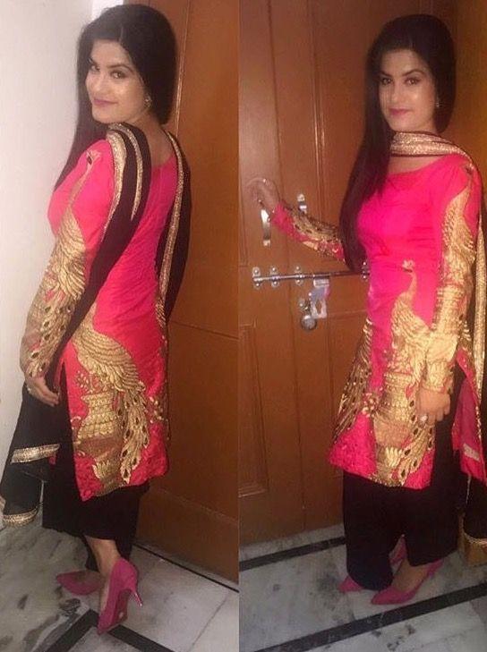 af2f0c9d Pinterest: @pawank90 | designer clothes in 2019 | Punjabi suits ...