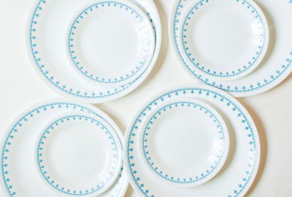 Corelle Blue Snowflake Dinnerware Set 8 Piece Corelle Ware Dinner Plates Dessert Plates Corning Dining Set Blue Rim Made in USA | Dinnerware ...  sc 1 st  Pinterest & Corelle Blue Snowflake Dinnerware Set 8 Piece Corelle Ware Dinner ...