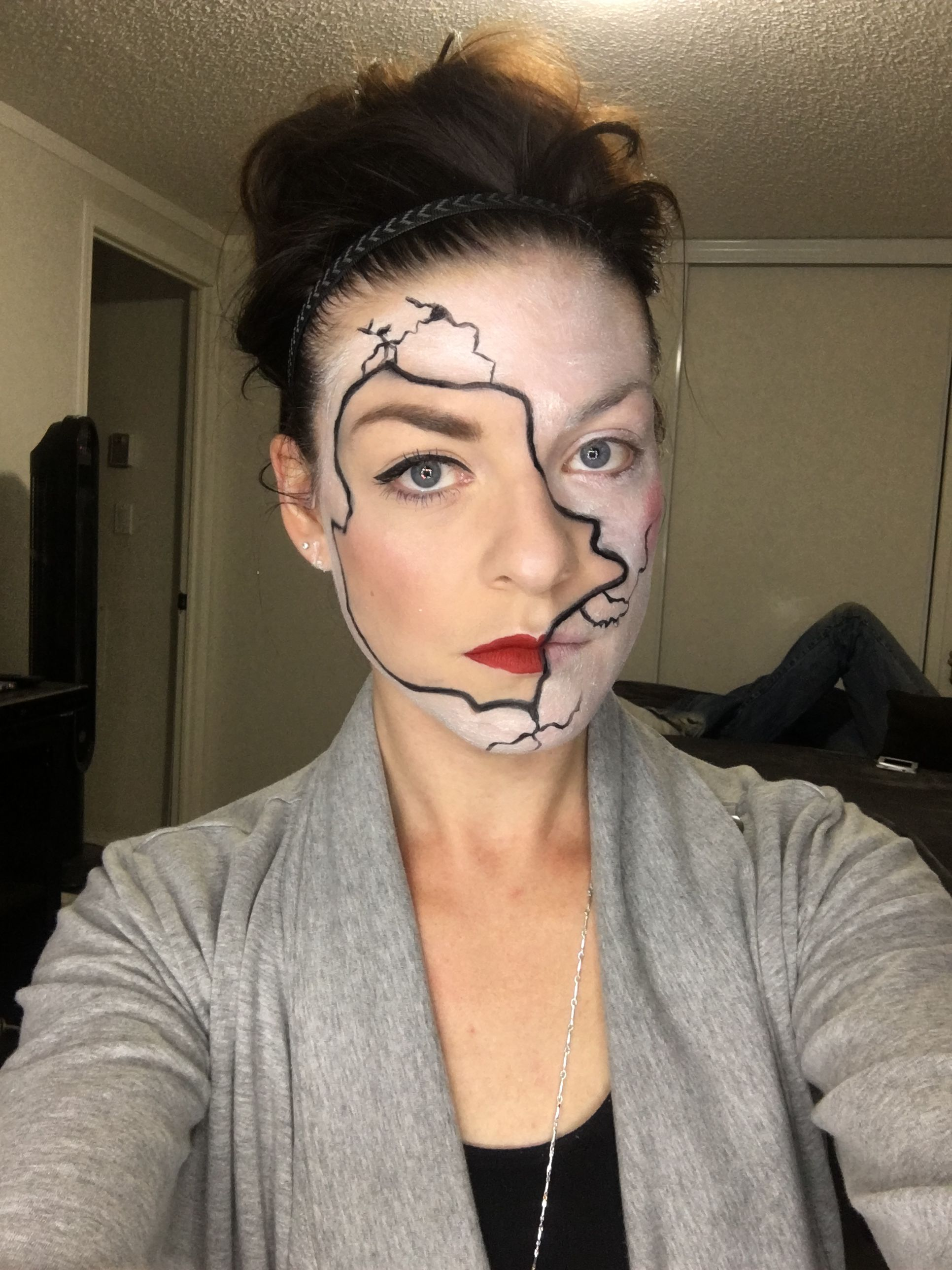 Cracked doll younique halloween (With images