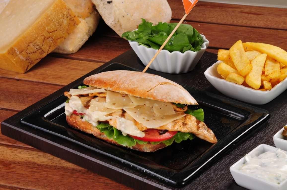 Tavuklu Sandviç