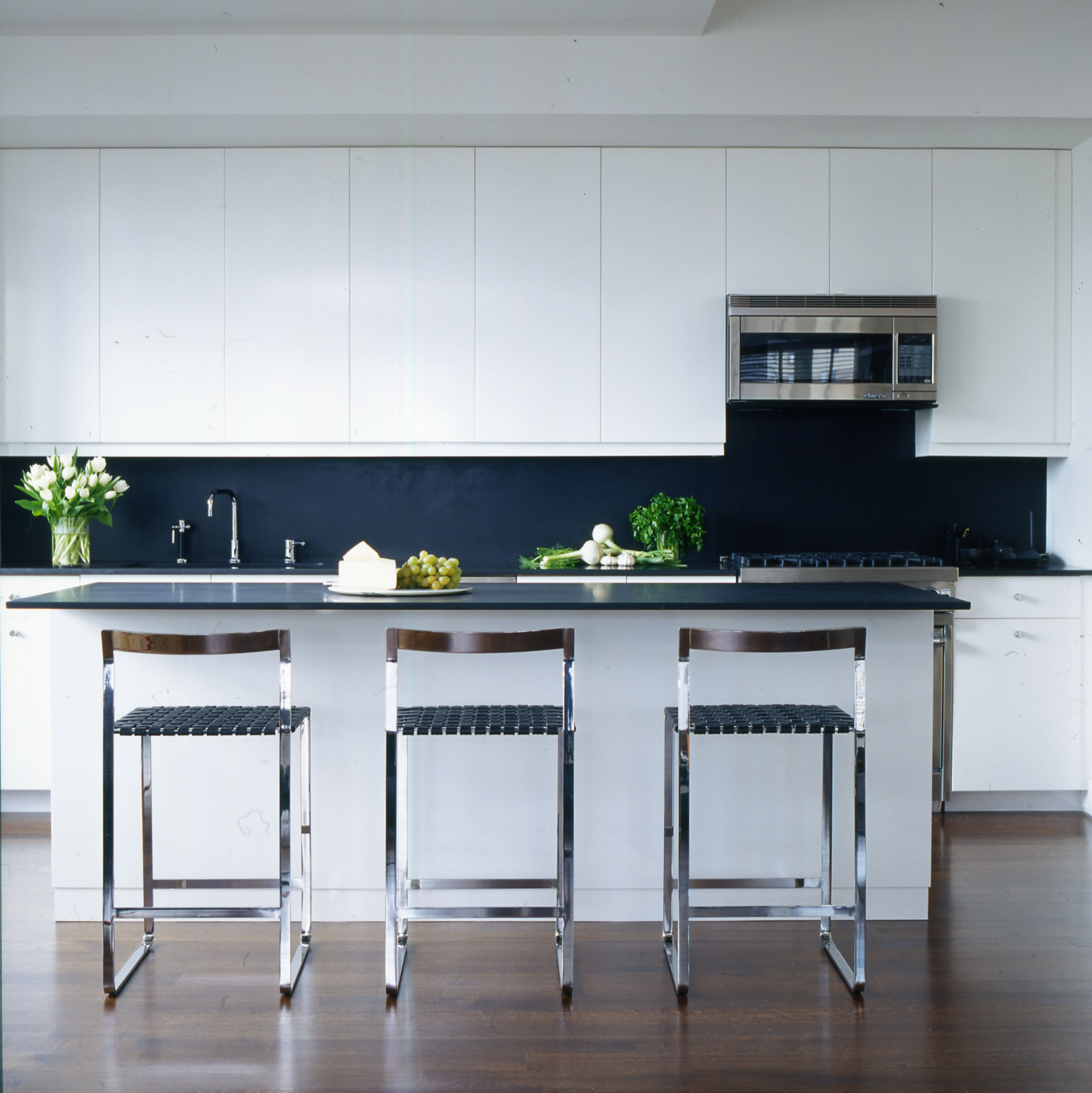 30 Kitchens with Large Center Islands | cottages | Pinterest ...