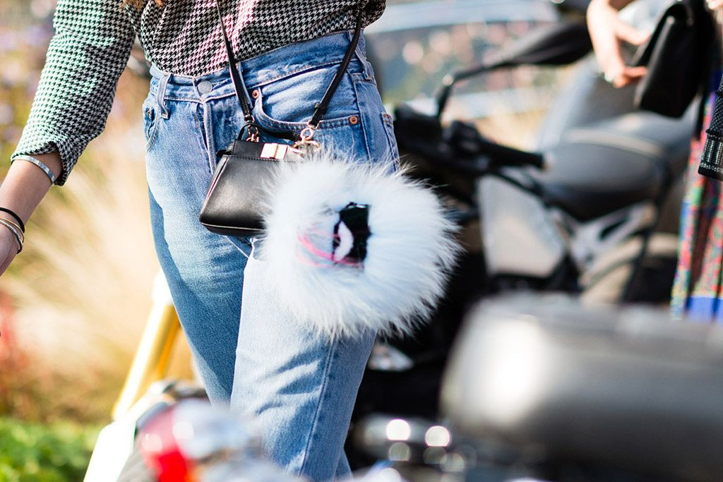 Street Style bolsos zapatos complementos | Galería de fotos 11 de 46 | GLAMOUR