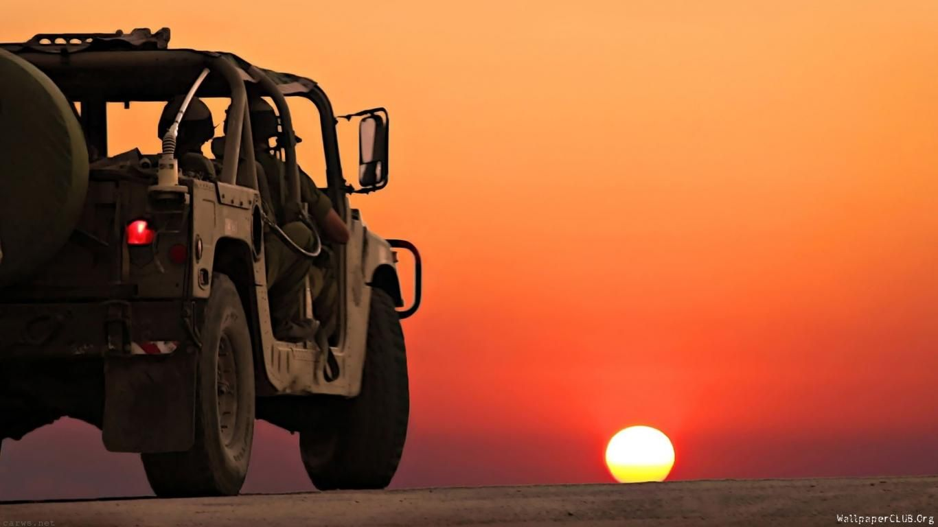 Sunset Desert Jeep Car Wallpapers Automotive Jeep Jeep Cars Cars