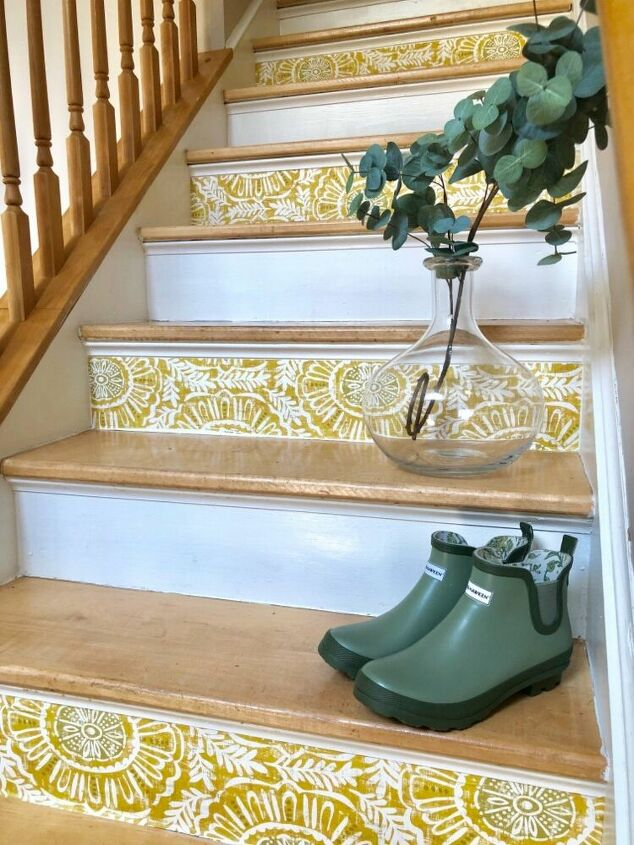 Best Budget Friendly Staircase Makeover In 2020 Staircase 400 x 300
