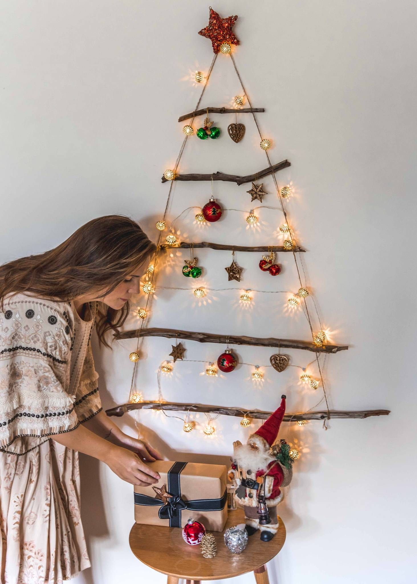 Easy Eco Friendly Diy Christmas Tree The Green Hub With Images