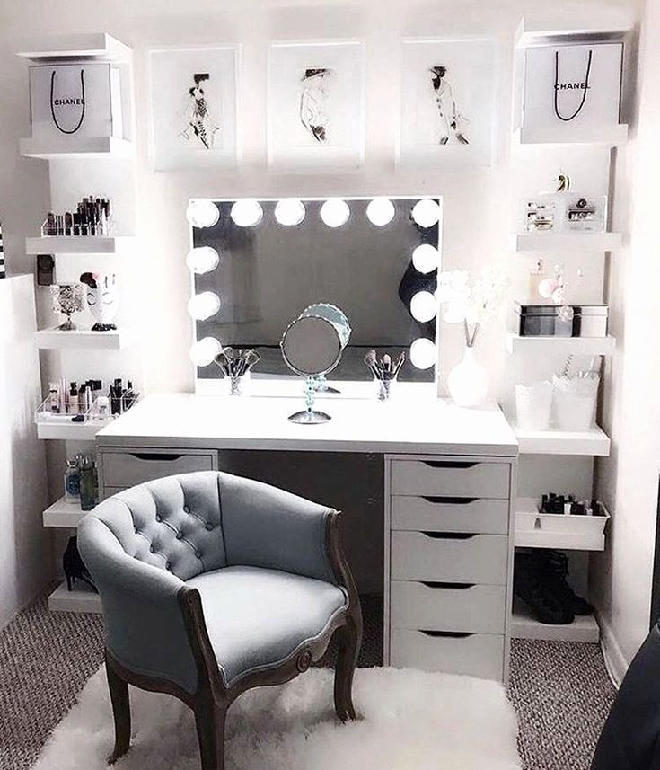 20 Beautiful Makeup Room Ideas To Brighten Your Morning Routine Bedroom Decor Bedroom Design