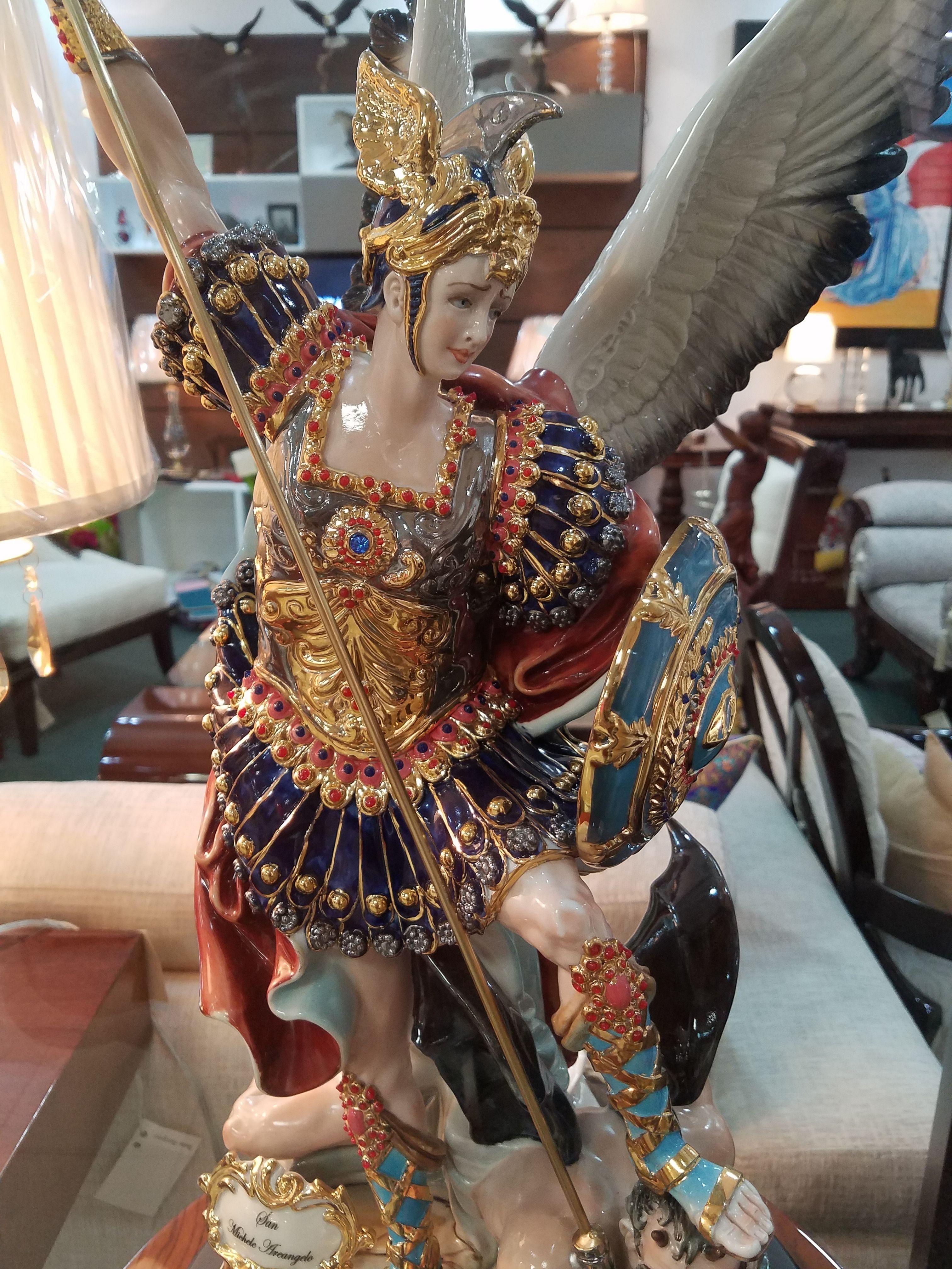 Arcangel Follando jefe de la milicia celestial | san miguel arcángel, san miguel