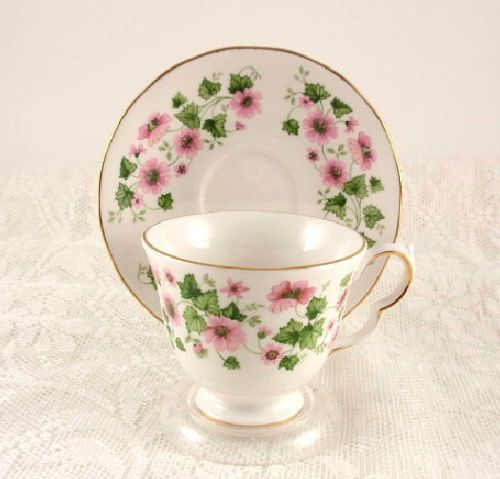 Queen-Anne-China-Pink-Floral-English-Tea-Cup-  sc 1 st  Pinterest & Queen-Anne-China-Pink-Floral-English-Tea-Cup-Saucer-8654 | Vintage ...