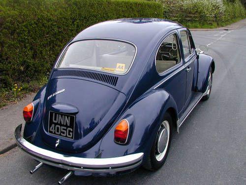 Navy blue Volkswagen Beetle 1300 (1968) (picture 2 of 5) | Vintage