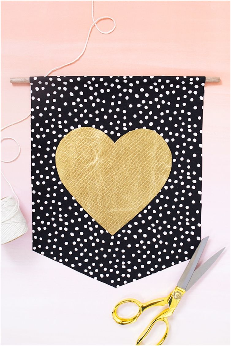 20 Tutorials For Easy Valentine\'s Day Sewing Projects | Sewing ...