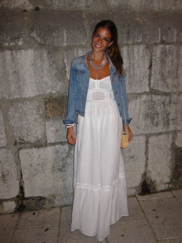 White Maxi Dress With A Denim Jacket I Would Get Married In This Fashion White Maxi Dresses Maxi Outfits
