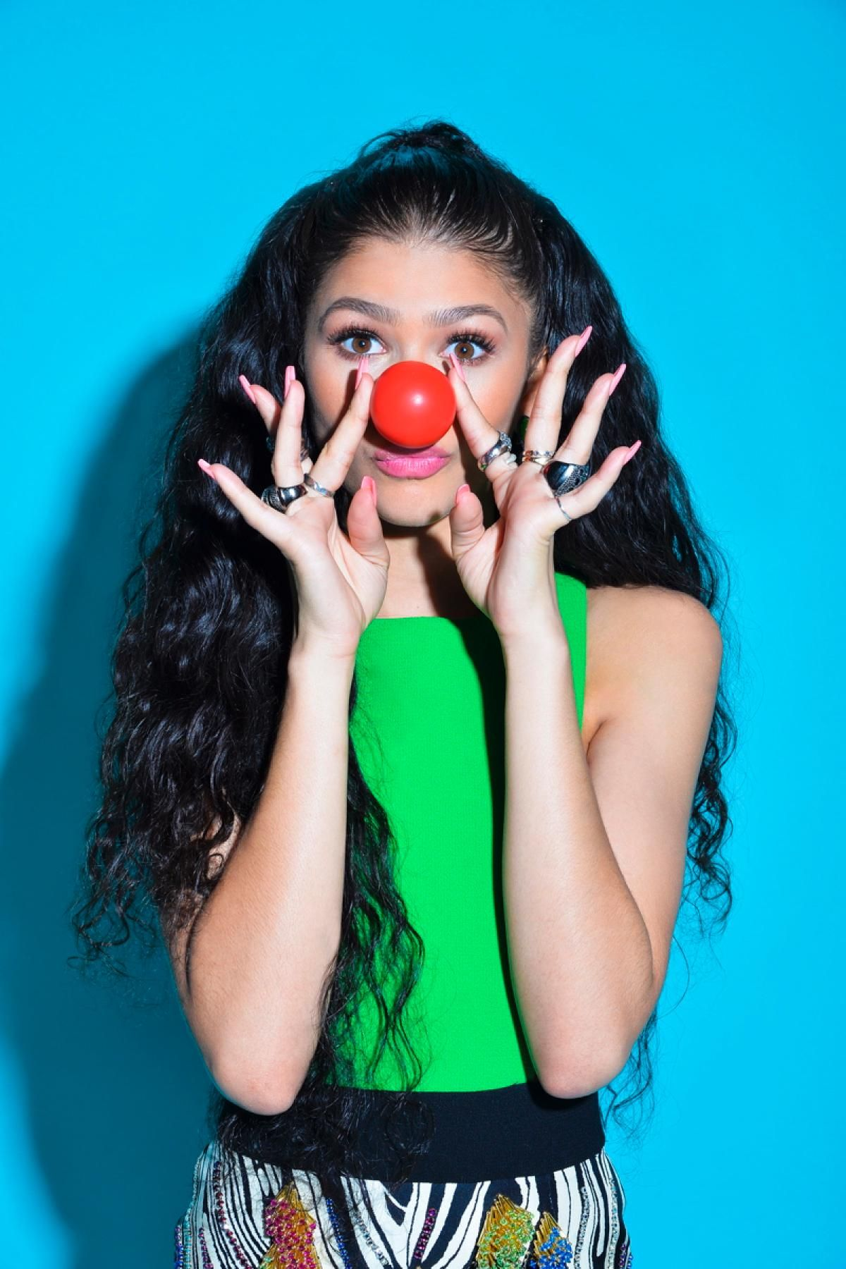 Zendaya Photos Celebs celebrate Red Nose Day Red