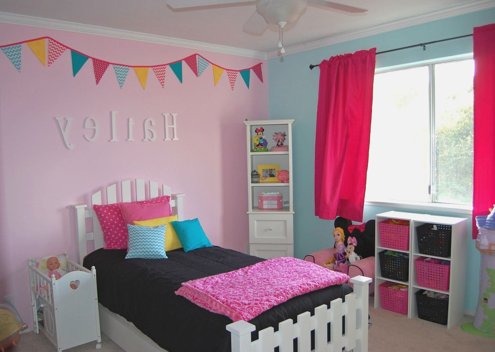 Bedroom ideas for 10 yr old girl more picture bedroom for Room decor for 12 year olds