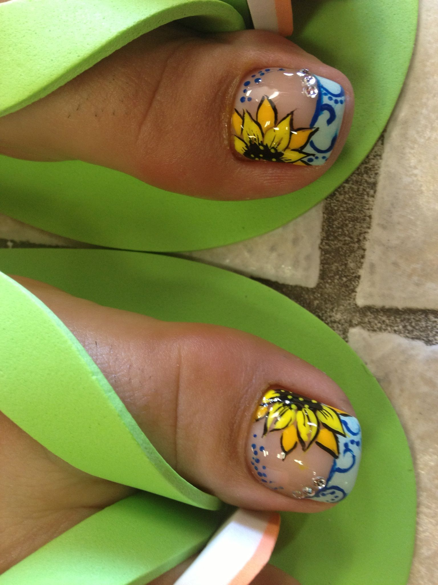Nail design | My nail designs | Pinterest | Pedicura, Girasoles y ...