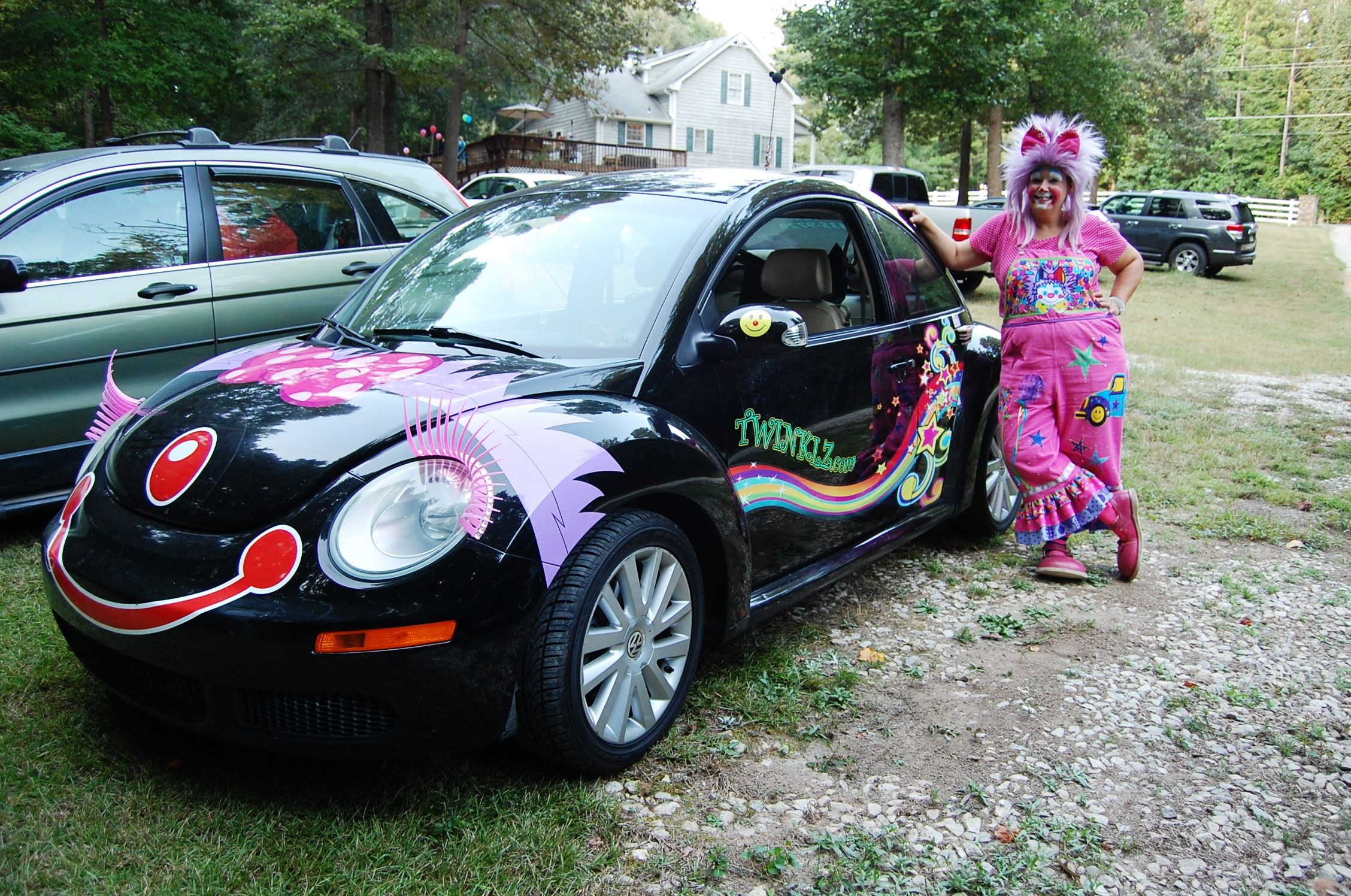 Twinklz and her clown car😃 Clown, Victoria, Event