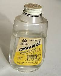 Mineral Oil For Cleaning Horse Sheath Suffocating Scale Insects On Plants As A Laxative To Spray Bees If They Have Mites