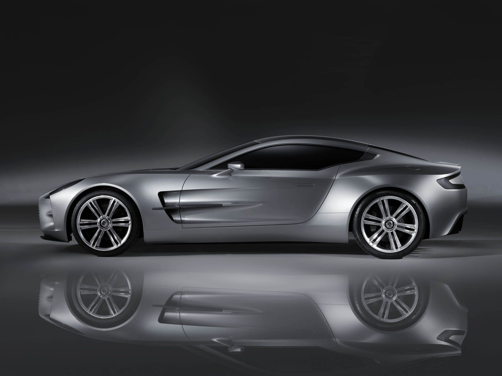 aston martin  the art of the curve | love of sheet metal